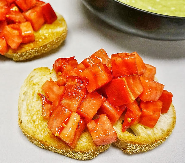 tomatillo gazpacho